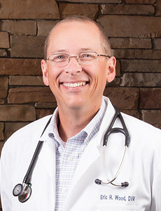 Newport Animal Hospital - Dr. Eric Wood - Rhode Island Veterinarian
